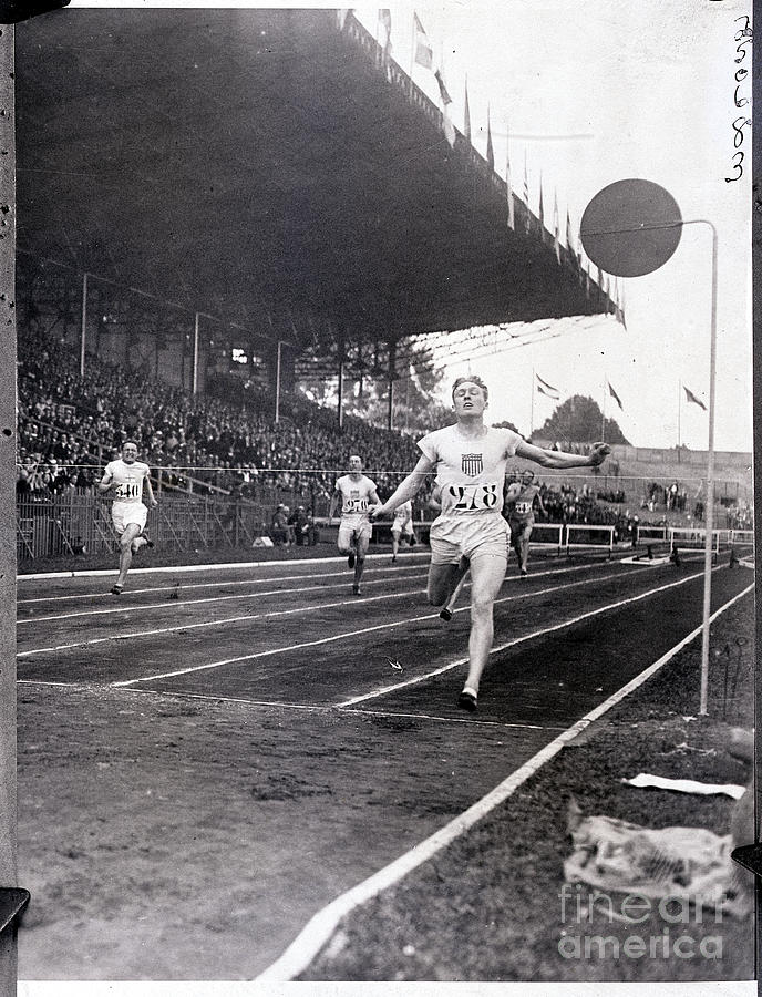 F.m. Taylor Wins 400 Meter Olympic Photograph by Bettmann