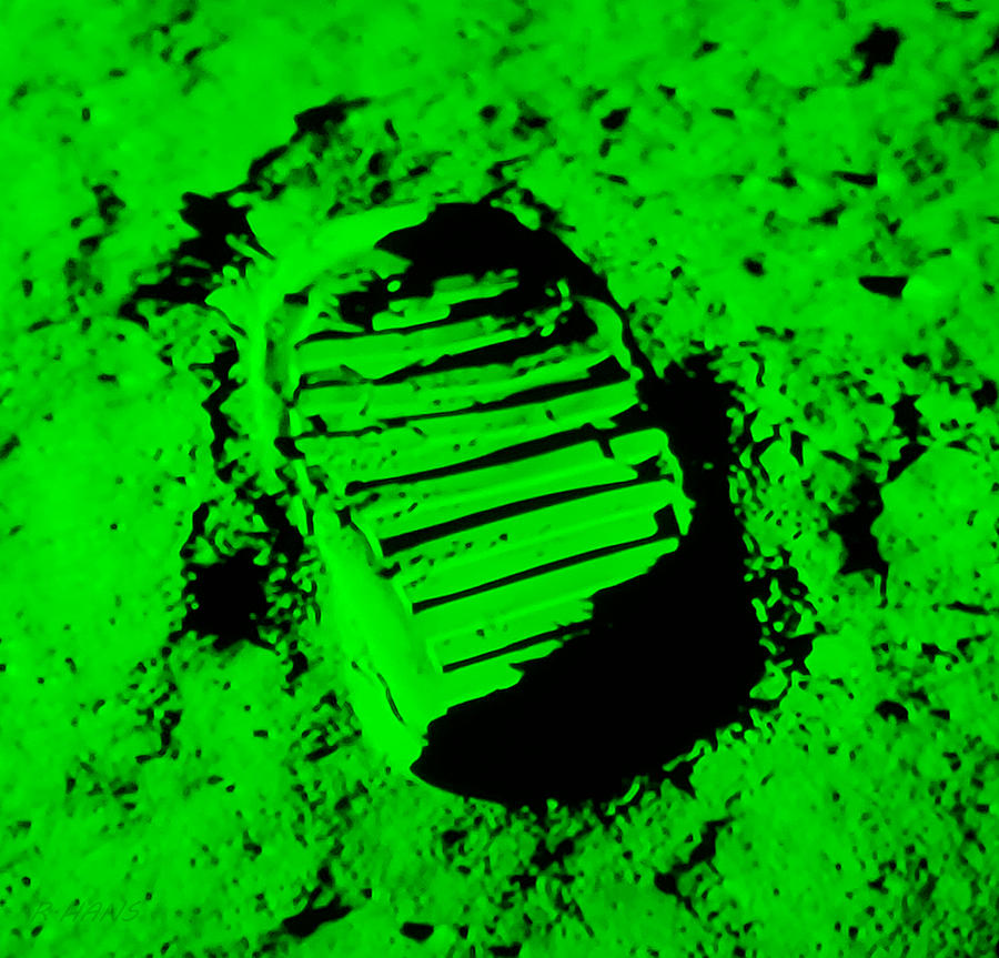 FOOT PRINT ON THE MOON in GREEN by Rob Hans