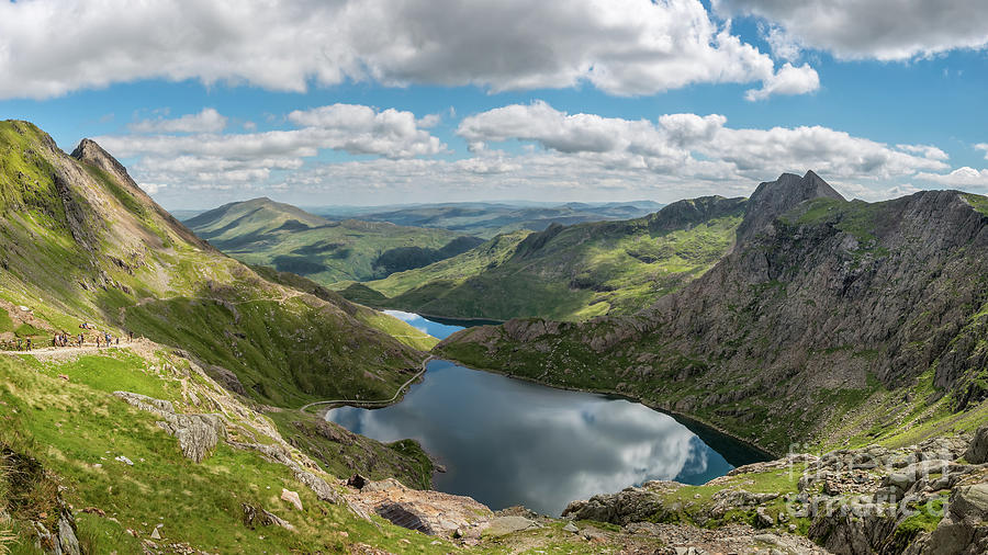 Footpath from Snowdon Mountain by Adrian Evans