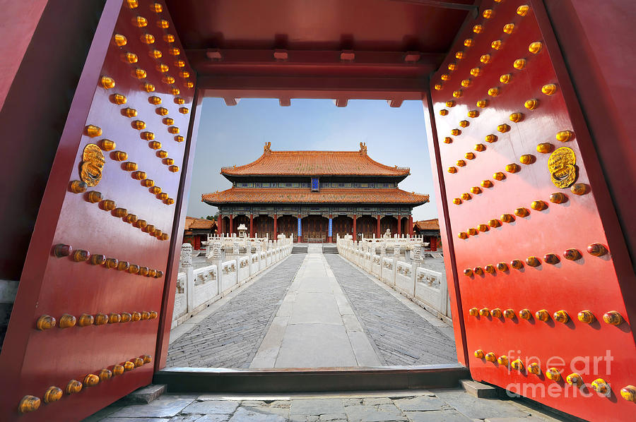 Door Photograph - Forbidden City In Beijing , China by Hung Chung Chih