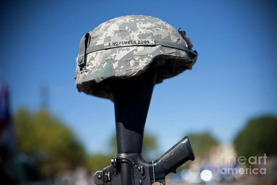 Fort Hood Holds Remembrance Ceremony Photograph by Ben Sklar