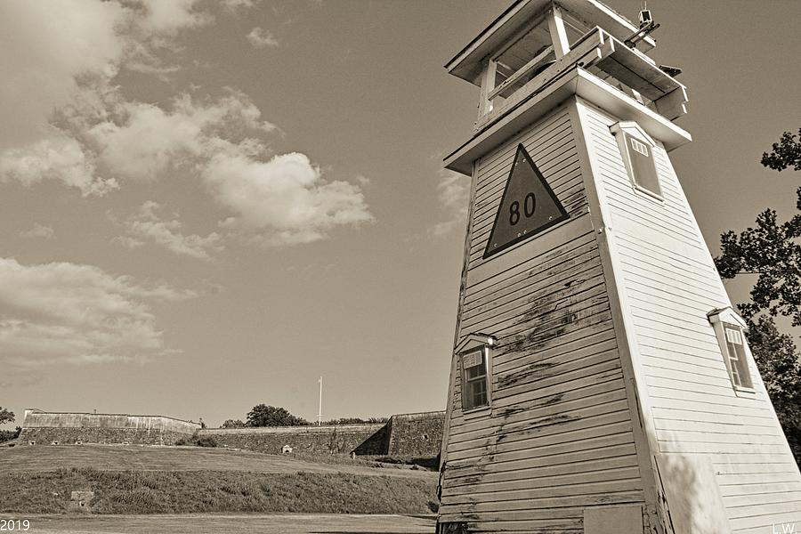 Fort Washington Park Lighthouse And Fort Black And White by Lisa Wooten