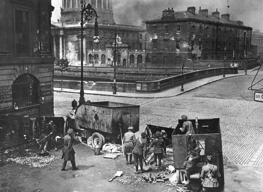 Four Courts Siege Photograph by Walshe