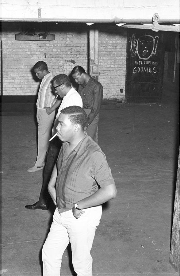 Four Tops Rehearsing In The Basement Photograph by Michael Ochs Archives