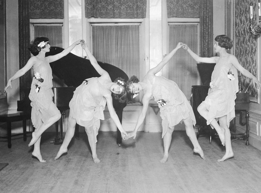 Four Young Women Performing Modern Photograph by Fpg