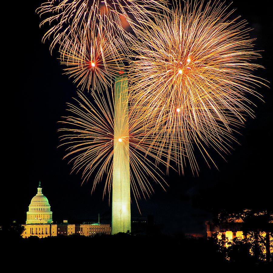 Fourth Of July Fireworks, Washington Dc Photograph by Hisham Ibrahim