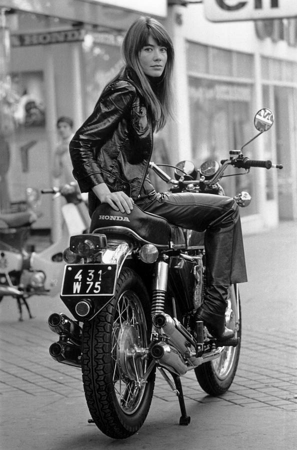 Francoise Hardy Photograph by Reg Lancaster
