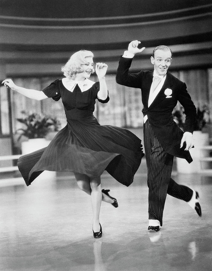 Fred Astaire And Ginger Rogers Dancing Photograph by Bettmann