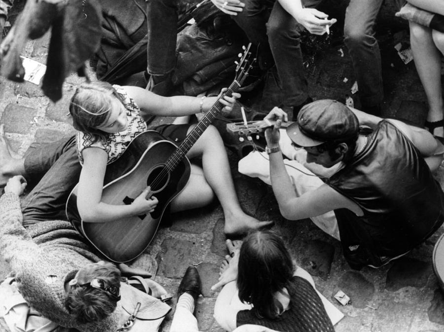 French Beatniks Photograph by Central Press