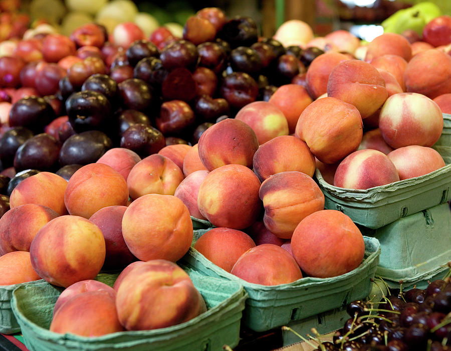 Fresh Peaches At Organic Market Photograph by Lillisphotography