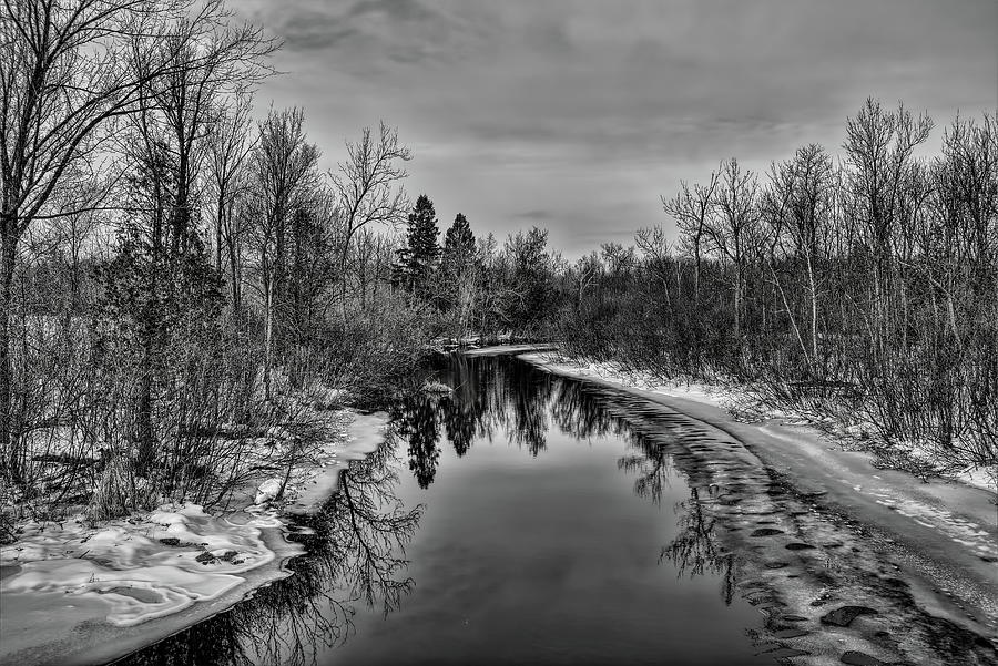 Fringe Ice On The Plover River BW by Dale Kauzlaric