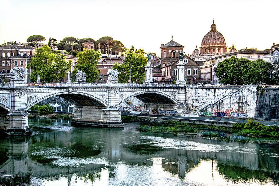 Italia Photograph - Full of Light by Joseph Yarbrough