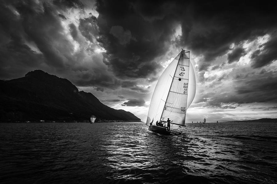 Action Photograph - Furia by José Fangueiro