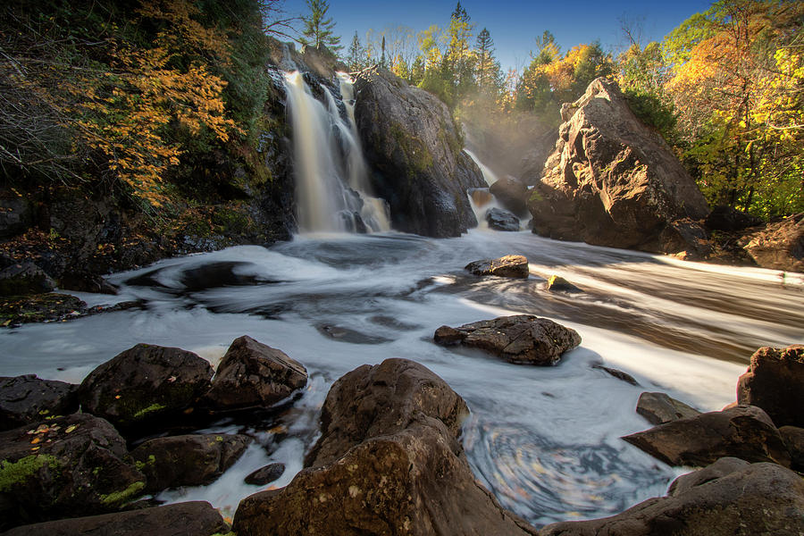 Gabbro Falls 10091901 by Rick Veldman