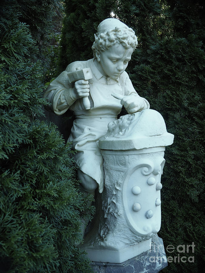 Statue Pyrography   Garden Statue With Medici Crest By Mary Capriole