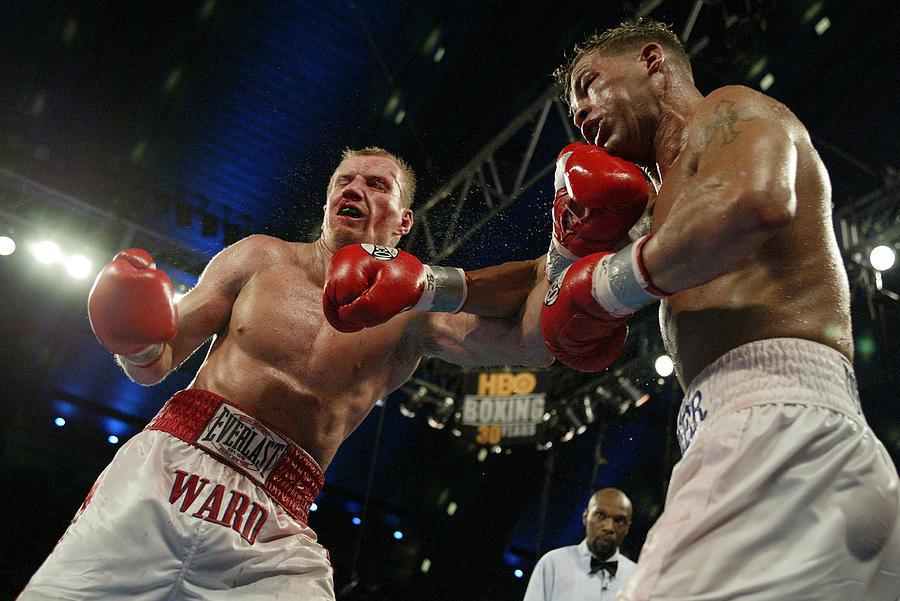 Gatti And Ward Trade Punches Photograph by Al Bello