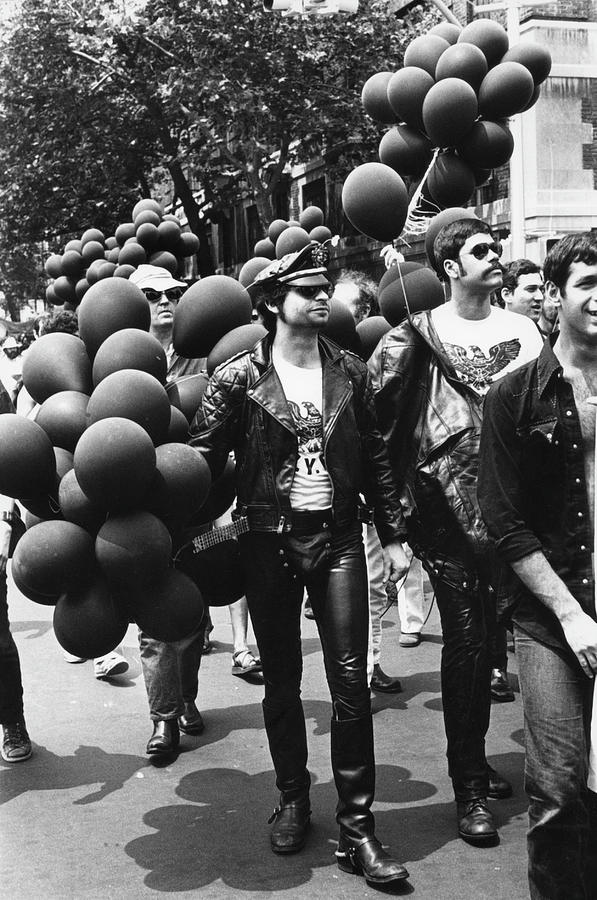 Gay Pride Day, 1974 Photograph by Fred W. McDarrah
