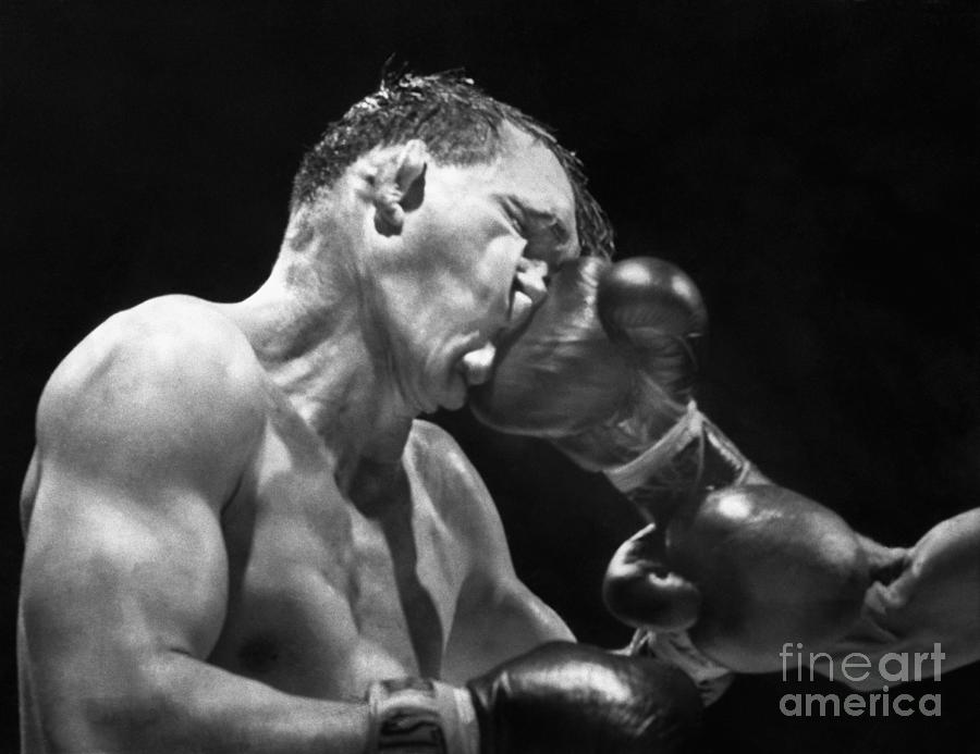 Gene Fullmer Being Hit During Boxing Photograph by Bettmann