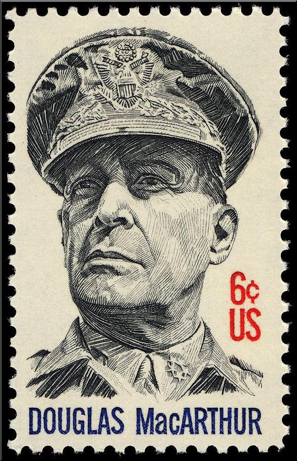 General Douglas Macarthur 1971 Photograph