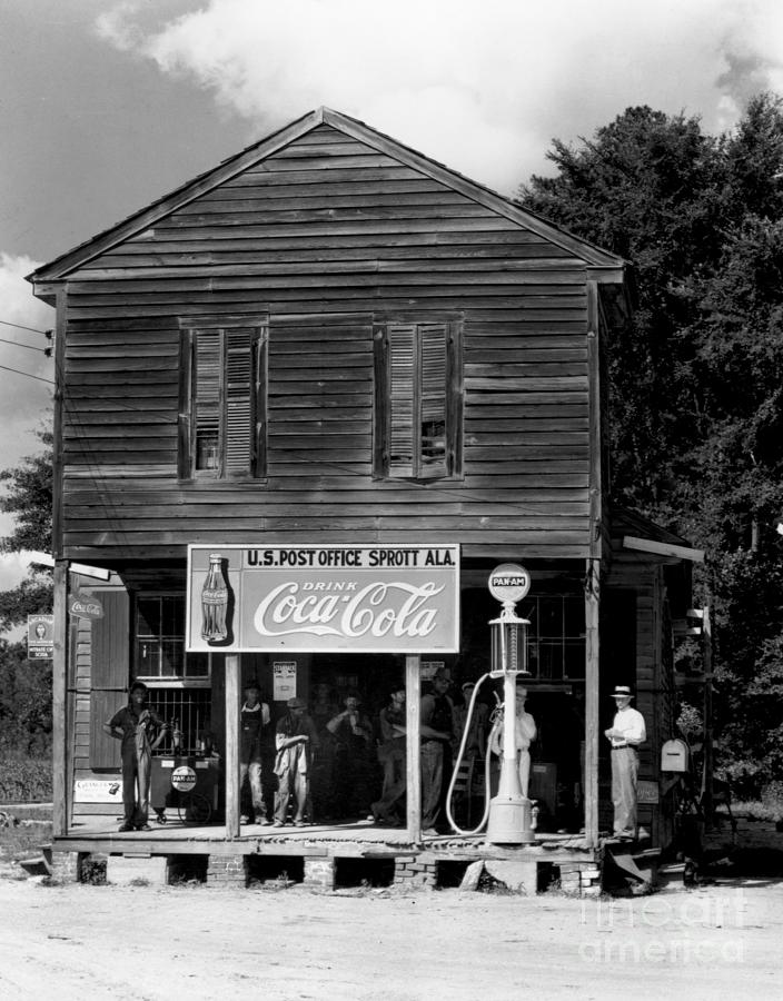 General Store In Sprott, Alabama Photograph by Bettmann