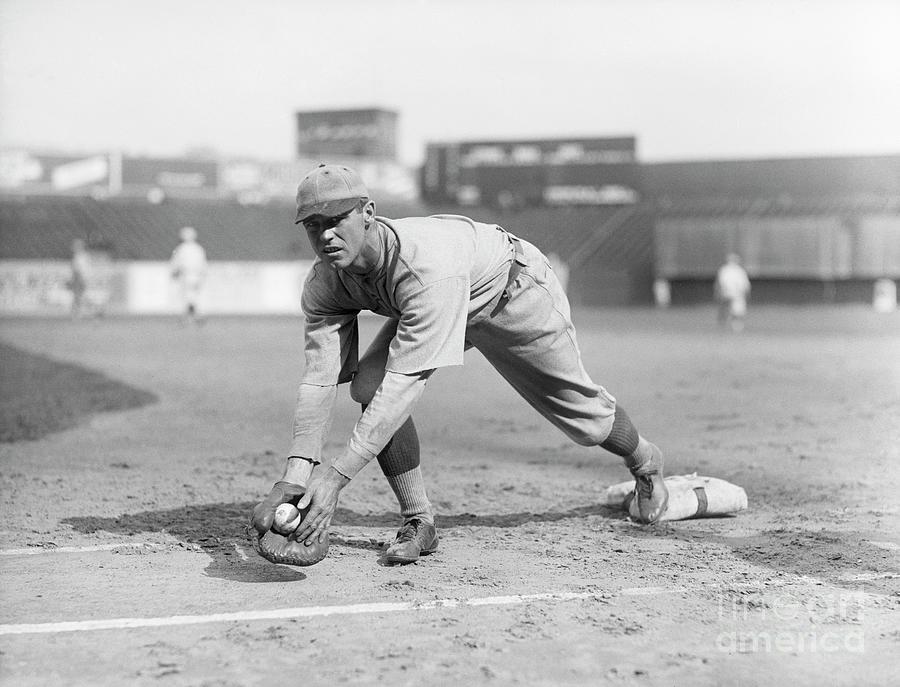 George Sisler Catching Ball @ Base Photograph by Bettmann