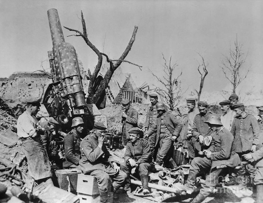 German Howitzer And Crew Photograph by Bettmann