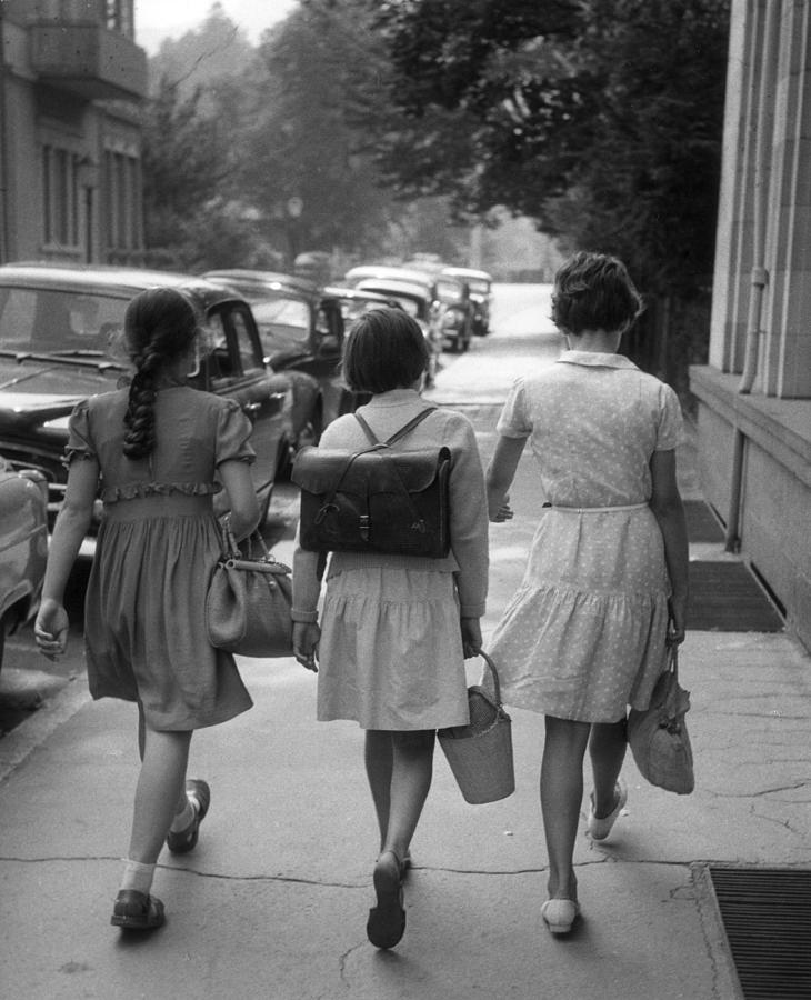 German Schoolgirls Photograph by Erich Auerbach
