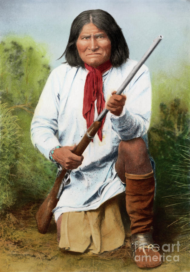 Geronimo Holding Rifle Photograph by Bettmann