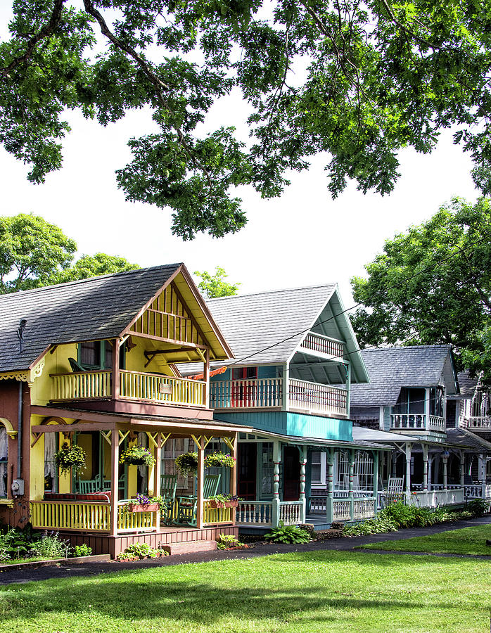Gingerbread House Photograph - Gingerbread Houses On Marthas Vineyard by Brendan Reals