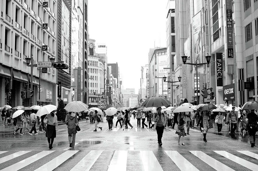 Ginza In The Rain Photograph by Noriakimasumoto