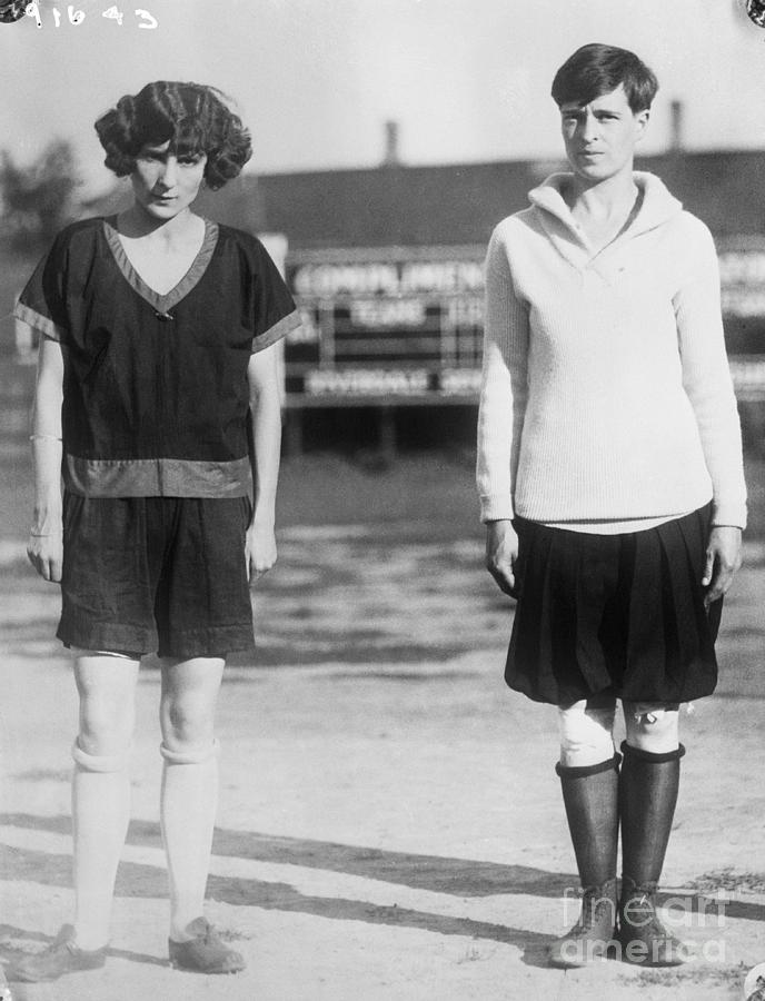Girl Athletes Myrtle Cook And Hazel Photograph by Bettmann