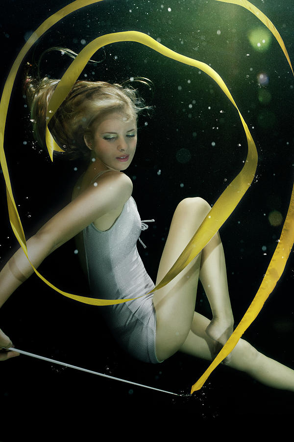 Girl Underwater In Swimming Pool Photograph by Zena Holloway
