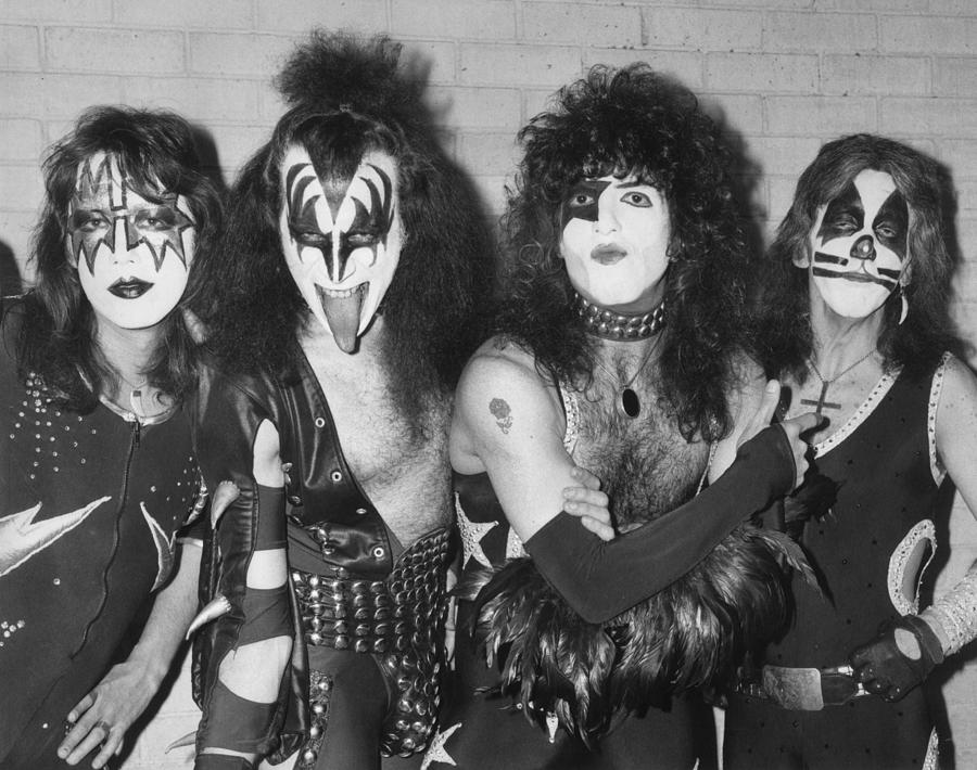 Rock Music Photograph - Give Us A Kiss by Peter Cade