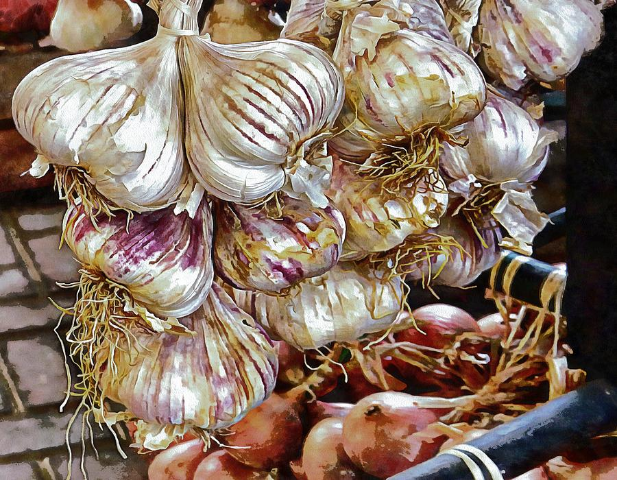Glamorous Garlic by Dorothy Berry-Lound