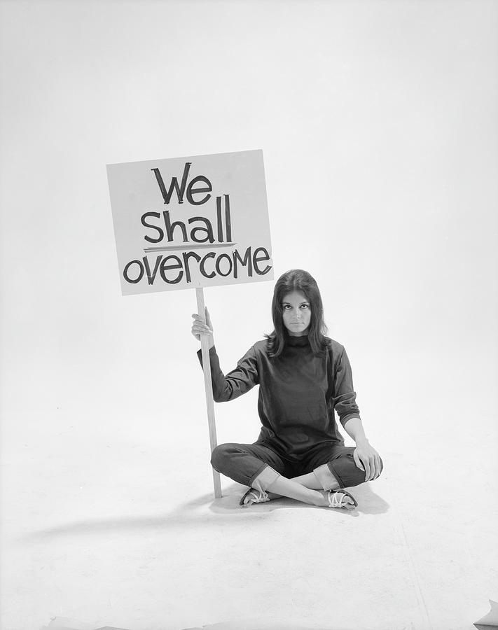Gloria Steinem Photograph by Yale Joel