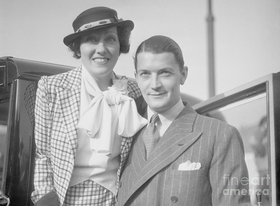 Gloria Swanson And Her Husband Michael Photograph by Bettmann