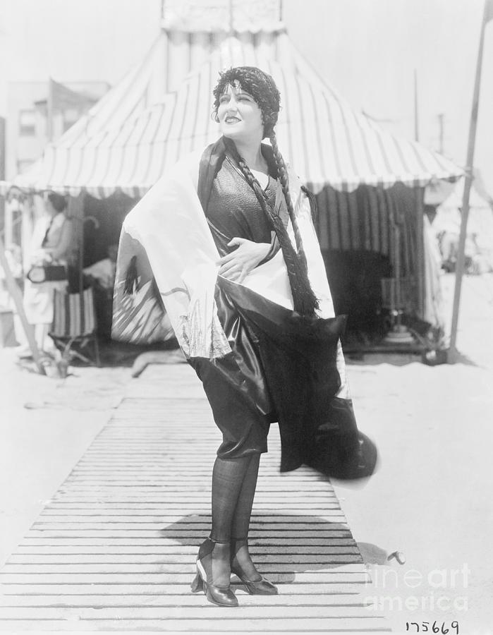 Gloria Swanson Posing Outdoors Photograph by Bettmann