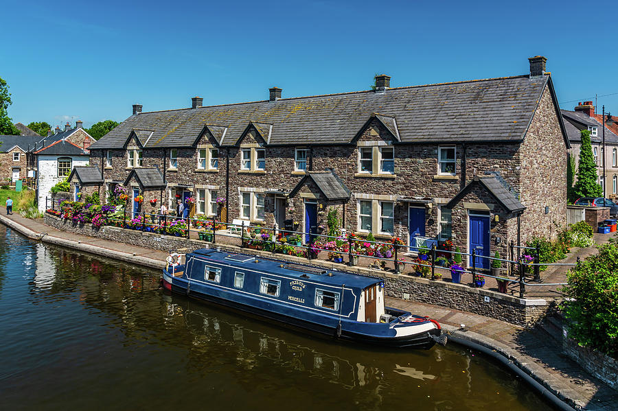 Glorious Brecon Canal Basin 1 by Steve Purnell