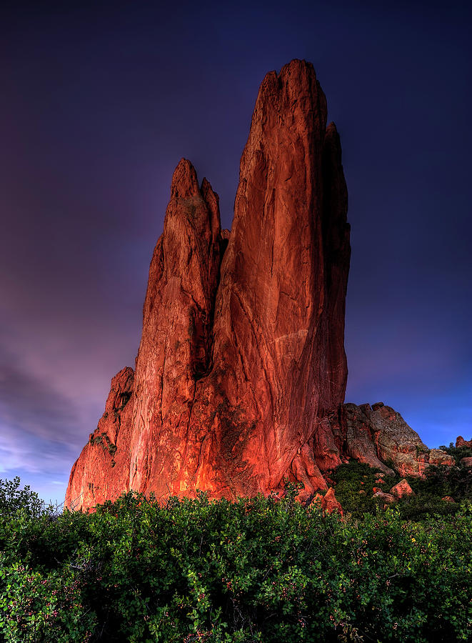 Glowing Rock In Garden Of The Gods Photograph by Wolfgang steiner