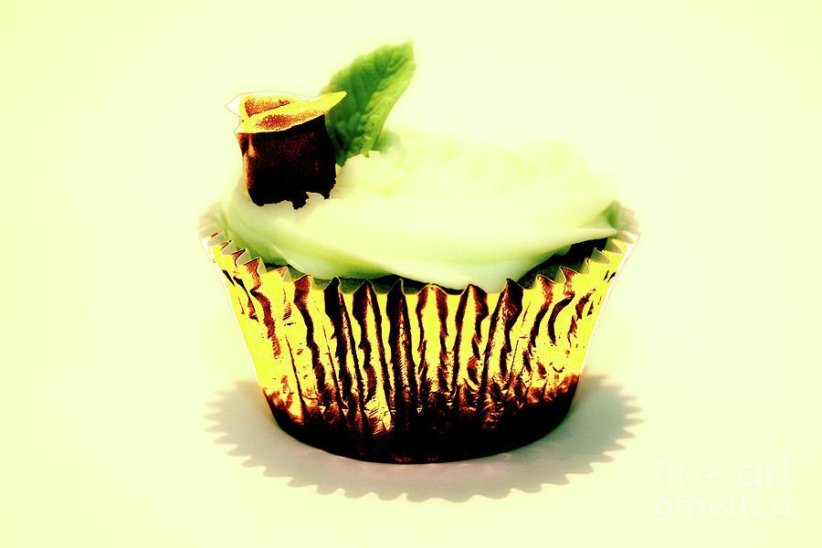 Golden Cupcake by Toula Mavridou-Messer