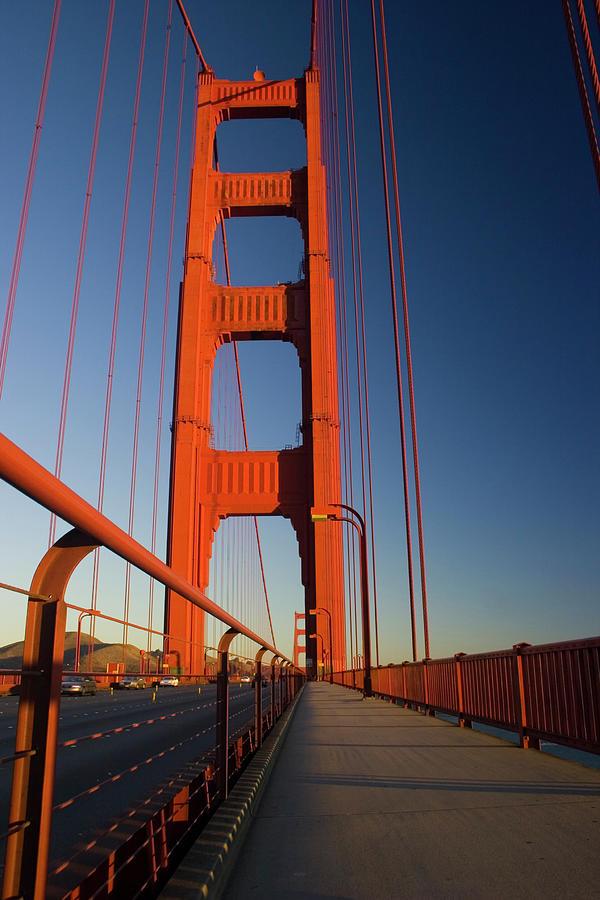 Golden Gate Bridge, San Francisco Photograph by Lingbeek