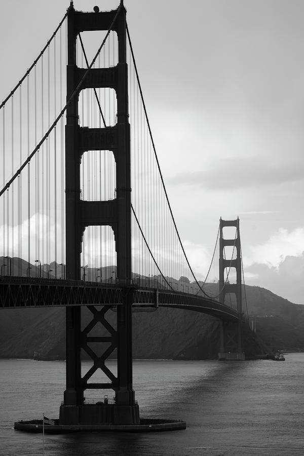 Golden Gate Bridge Photograph by Victorhe2002