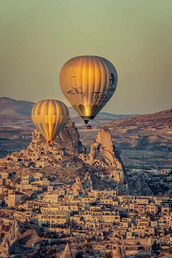 Golden Hour Balloons by Francisco Gomez