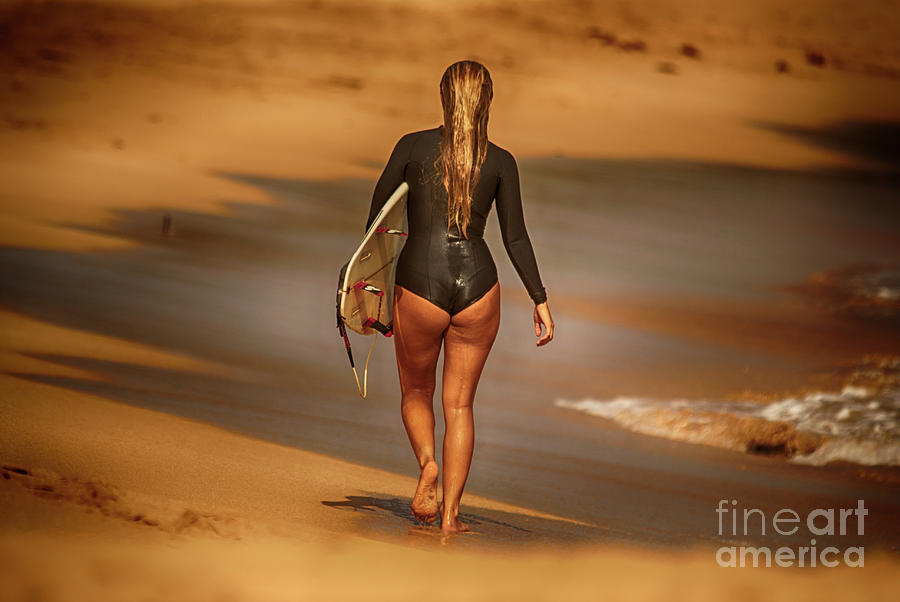 Golden Surf by Eye Olating Images
