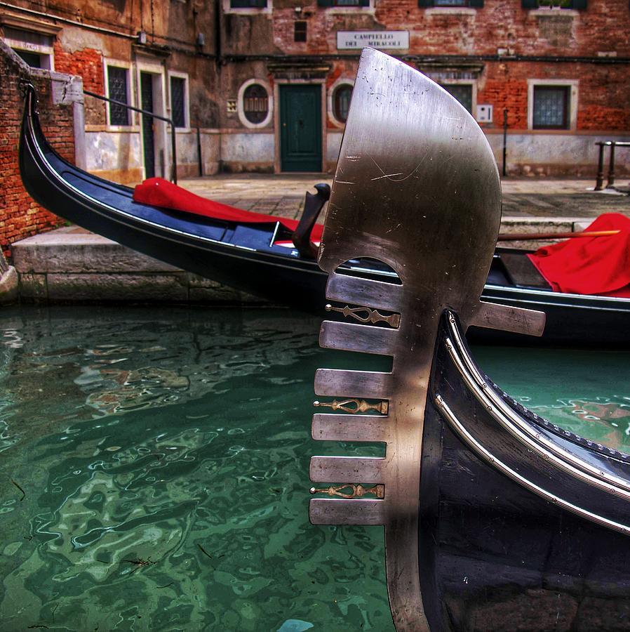 Gondola Fin by Al Harden