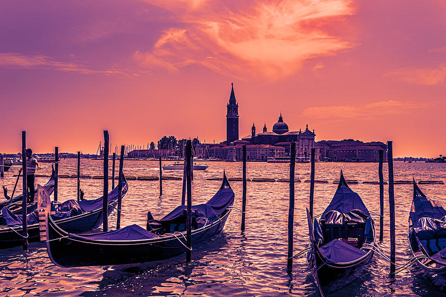 Gondola Sunset by Steve Purnell and Andrew Cooper
