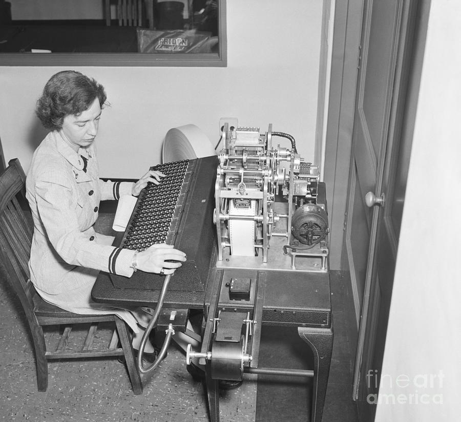 Grace Hopper With Early Computer Photograph by Bettmann