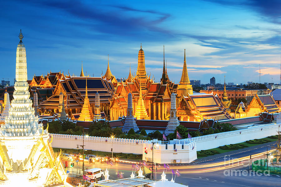 Capital Photograph - Grand Palace And Wat Phra Keaw At by Southerntraveler