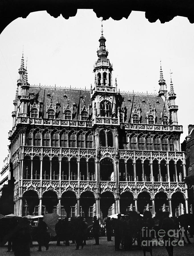 15th Century Photograph - Grand Palace, Brussels by Granger