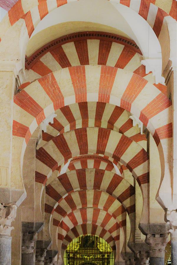 Mosque Of Cordoba Photograph - Great Mosque Of Cordoba by Loretta S